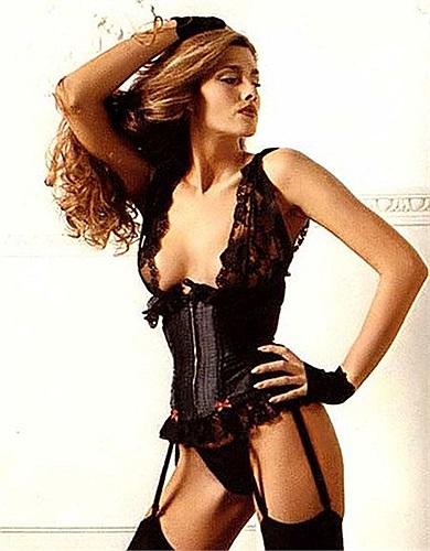 Caroline 'Tula' Cossey – siêu mẫu chuyển giới từng xuất hiện trong seri phime Điệp viên 007