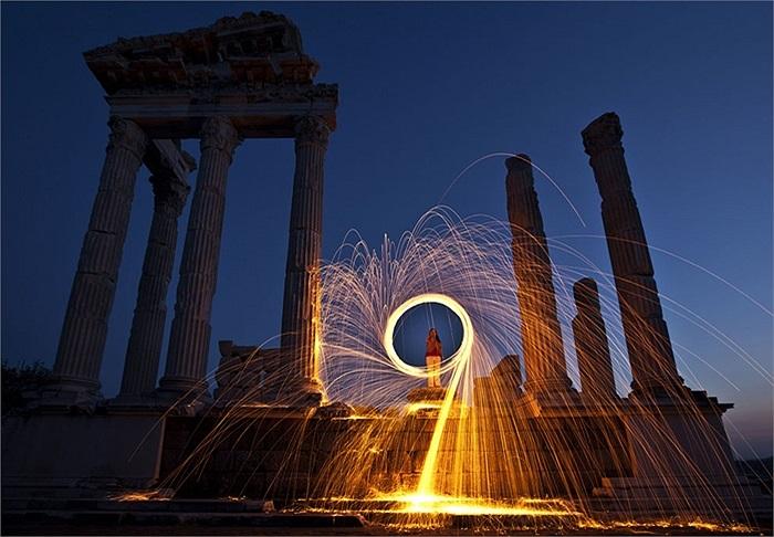 Bức ảnh chụp một thành phố cổ ở Hy Lạp