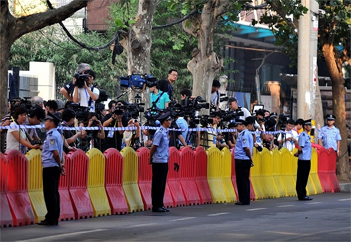 An ninh và báo chí tại tòa án xét xử Bạc Hy Lai ở Tế Nam, Sơn Đông