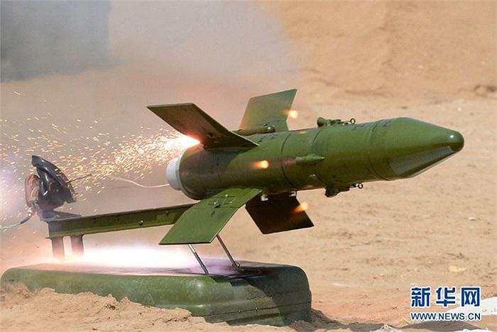 Cận cảnh tên lửa chống tăng AFT07 do Trung Quốc sản xuất