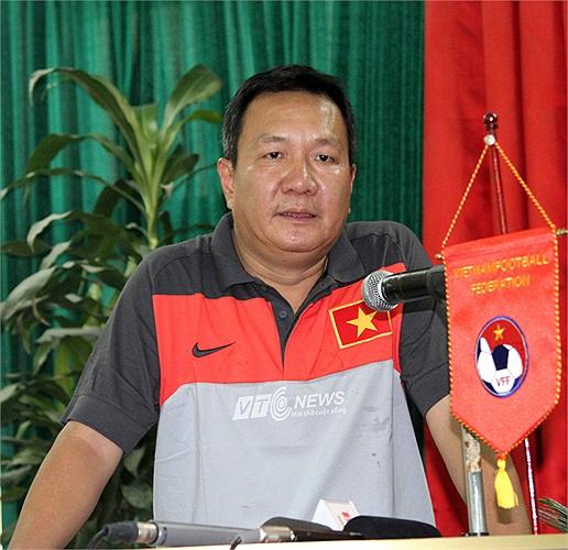 HLV Hoàng Văn Phúc được giao hai nhiệm vụ quan trọng là đưa đội tuyển U23 Quốc gia vào tới trận chung kết SEA Games 27 (Myanmar) diễn ra cuối năm nay và đưa ĐT Việt Nam vào tới bán kết AFF Cup 2014.