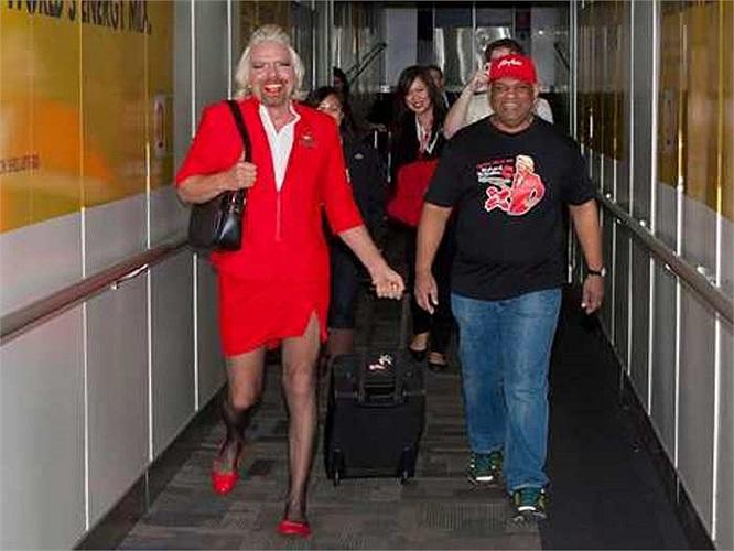 Ông Branson và Giám đốc điều hành AirAsia Tony Fernandes