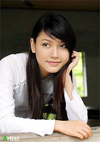 Mai Tố Mỹ à một trong những gương mặt rất được yêu mến tại TP Đà Nẵng. Cô là sinh viên năm cuối ngành Tài chính của trường ĐH kinh tế Đà Nẵng.