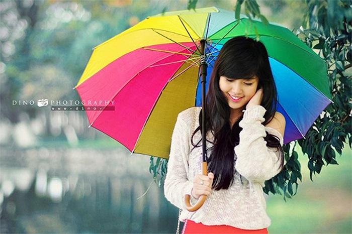 Thể Ny sinh năm 1994, hiện đang là học sinh trường lớp 12/17 trường THPT Trần Phú - Đà Nẵng.
