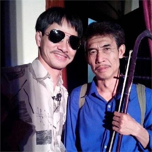 Xuân Bắc khoe ảnh đi diễn ở Bắc Kạn cùng nghệ sĩ Phú Đôn.