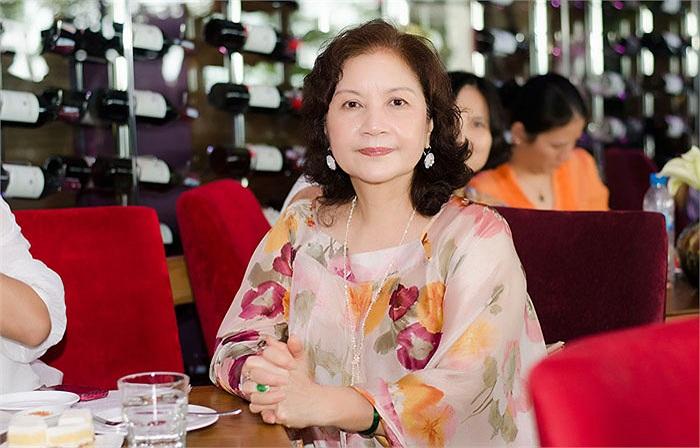 Bà nội của Ann, thuyết minh phim, nghệ sỹ Thu Hiền.