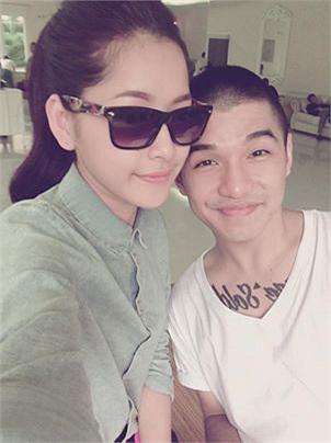Bức ảnh mới chia sẻ giữa Chi Pu và Cường Seven làm không ít fan hâm mộ của hai người nghĩ cặp đôi quay lại với nhau, nhưng có vẻ như cả hai chỉ vô tình cùng làm việc trong một chương trình.