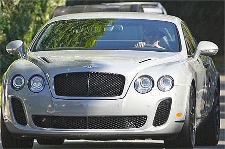 Bentley dáng thể thao