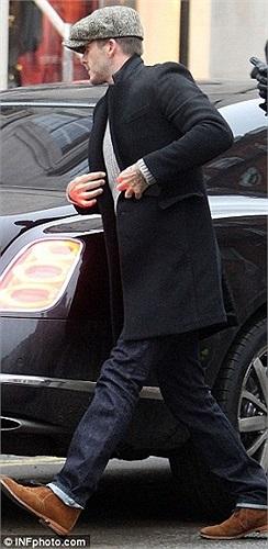 Bentley Mulsanne luôn có mặt khi Beckham trở về quê nhà