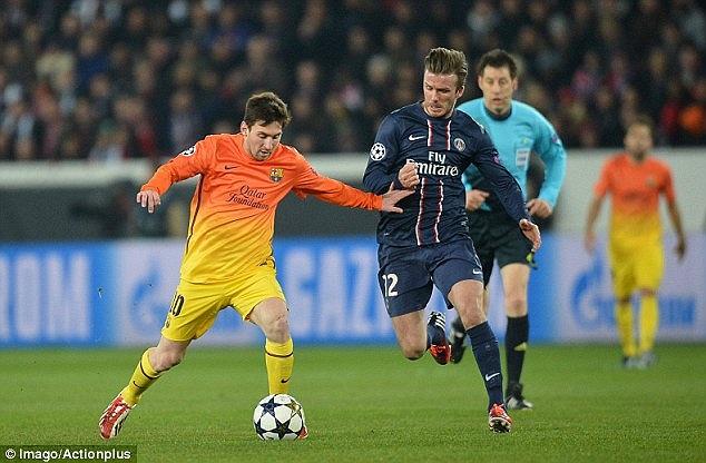 Beckham theo kèm Messi rất sát