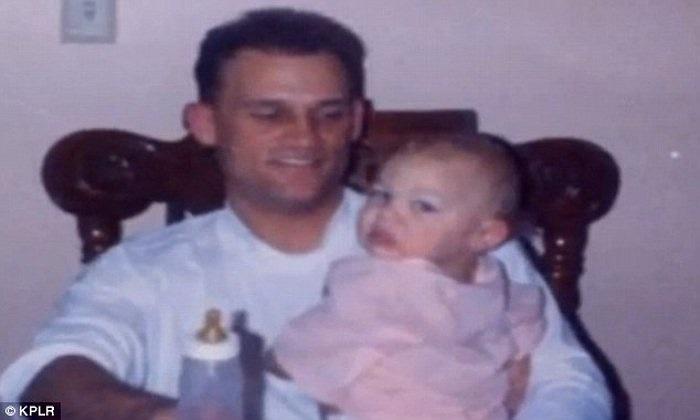 Được biết, khi Bryan tròn 11 tháng tuổi, vì không muốn tốn tiền nuôi con, ông bố tên Brian Stewart đã quyết định truyền máu nhiễm HIV vào người con trai, với hi vọng giết chết Bryan.