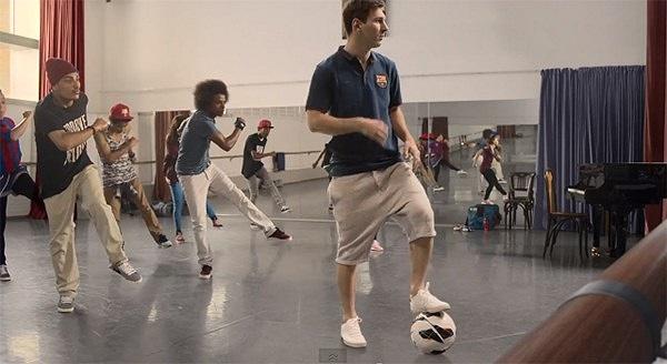 Messi là thầy dạy múa