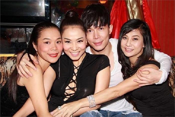 Mỹ Lệ, Thu Minh, Nathan Lee, Cát Phượng, những nghệ sỹ thân thiết ngoài cuộc sống đời thường.