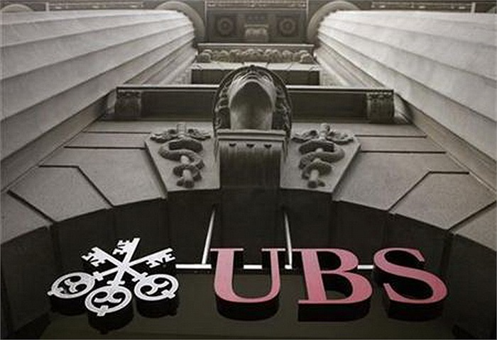 UBS Global Family Office (Zurich, Thụy Sỹ; London, Anh; Singapore; Hong Kong; New York, Mỹ): 47.6 tỷ USD