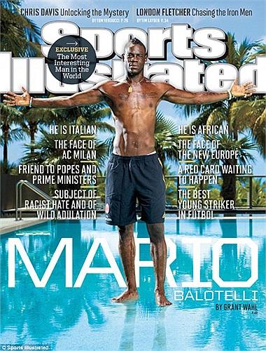 Balotelli trở thành ngôi sao ngoài nước Mỹ đầu tiên lên trang bìa tạp chí uy tín Sport Illustrated.