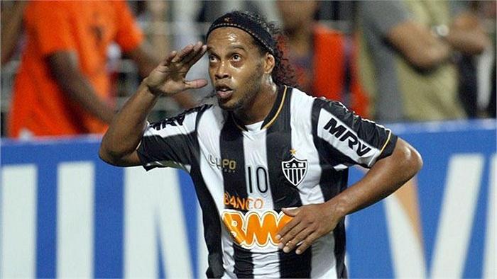 Sinh ngày 21/3, Ronaldinho lúc nào cũng giữ được vẻ nhí nhảnh, ngây thơ của Bạch dương