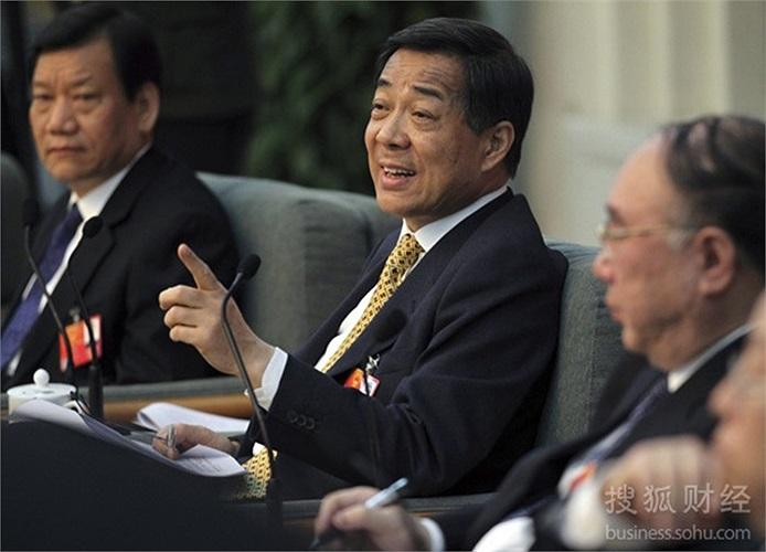 Ngày 9/3/2012, ông Bạc trả lời báo chí trong một phiên họp quốc hội về vụ việc của cựu giám đốc công an Trùng Khánh Vương Lập Quân