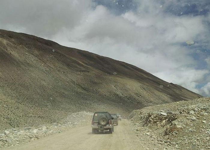 Được biết, các thành viên tham dự không chỉ phải đầu tư số tiền 8.800USD/người mà còn phải trải qua khóa rèn luyện leo núi để cơ thể thích nghi với tình trạng thiếu dưỡng khí ở độ cao 5.200 mét so với mặt nước biển của Tây Tạng.