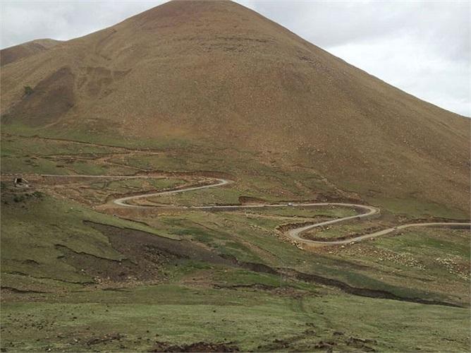 Trong hành trình đáng nhớ này, một số ngày các thành viên phải ngủ ngoài lều với nhiệt độ âm 10-15 độ C và không khí loãng ở Tây Tạng còn 60% so với bình thường.