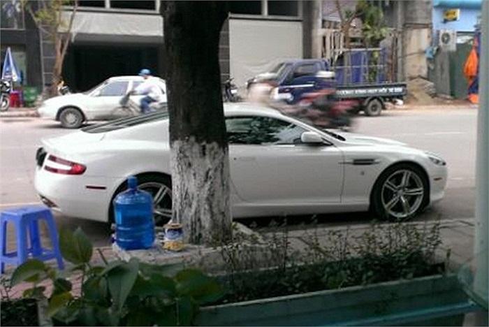 Aston Martin DB9 màu trắng tinh khôi duy nhất tại Quảng Ninh.