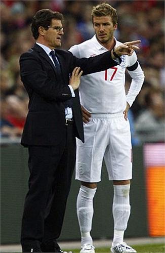 Việc chuyển sang Mỹ thi đấu khiến Beckham mất vị trí ở đội tuyển. Anh chỉ còn là phương án dự bị dưới thời Capello