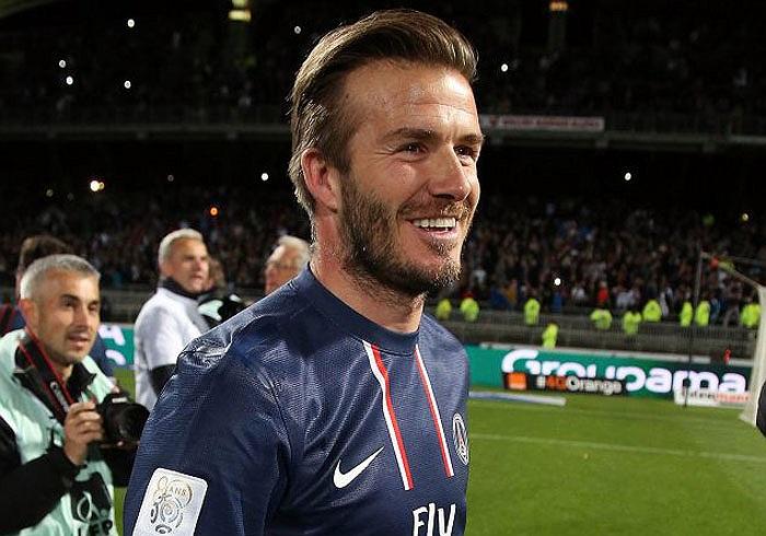 Anh trở thành cầu thủ người Anh đầu tiên đoạt 4 chức vô địch quốc gia tại 4 giải đấu khác nhau