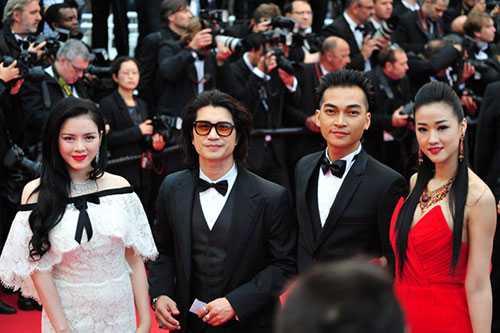 Sao Việt đi LHP Cannes