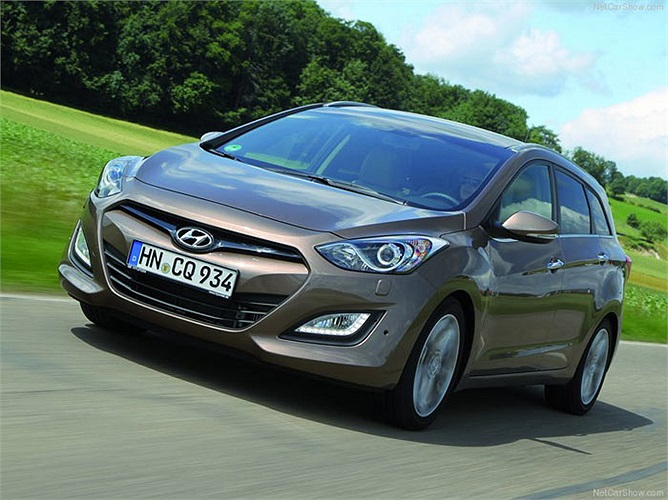 Hãng xe Hàn Quốc Hyundai cũng đang đi lên với mức tăng trưởng 20% và tăng một mạch 10 bậc lên vị trí số 43 khi có trị giá 9,004 tỷ USD.