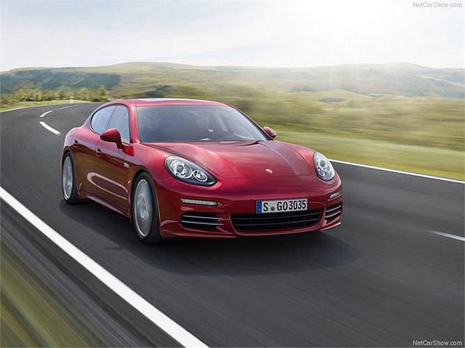 Một thương hiệu xe khác thuộc sở hữu của VW cũng lọt vào top 10 là Porsche. Nhãn xe hạng sang này hiện có giá trị vào khoảng 6,471 tỷ USD.