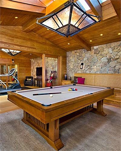 Phòng chơi billiard.