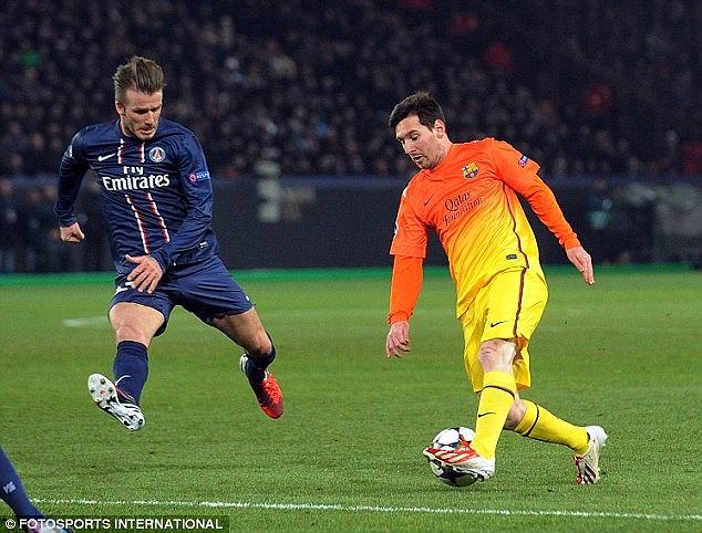 Trái lại, Bara có những phút đầu thi đấu đầy bế tắc. Messi gần như không có cơ hội để thể hiện.