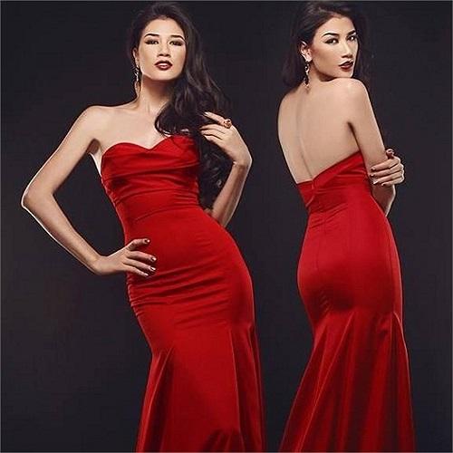 Trang Trần khoe vẻ gợi cảm với váy lưng trần.
