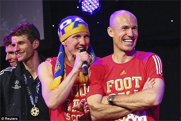 Arjen Robben và Bastian Schweinsteiger