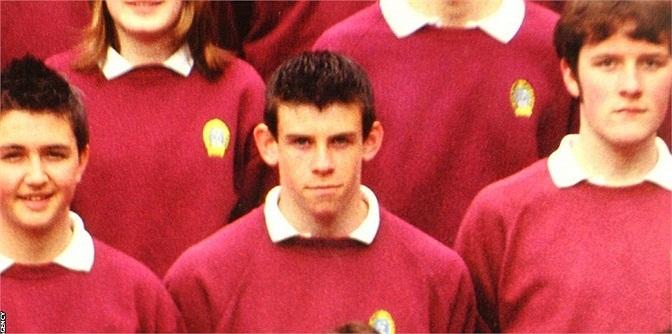 Hình ảnh cậu bé Bale tại trường tiểu học Eglwys Newydd.