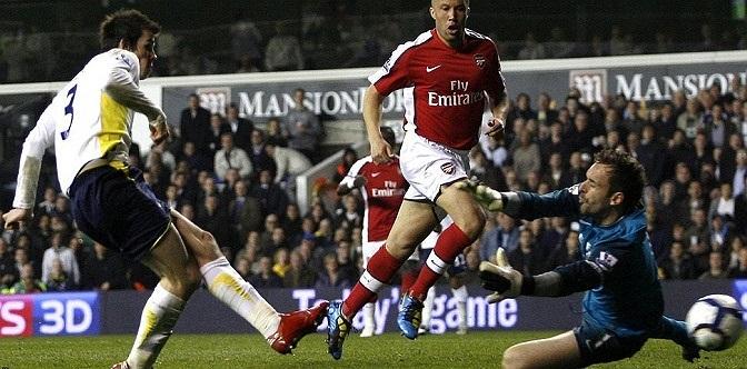Tháng 4.2010, Bale ghi bàn thắng quyết định mang về thắng lợi 2-1 cho Tottenham trong trận đấu với Arsenal.