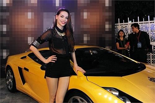 Hồ Ngọc Hà thường xuyên sử dụng những chiếc xe này để đi diễn, đi quay quảng cáo...