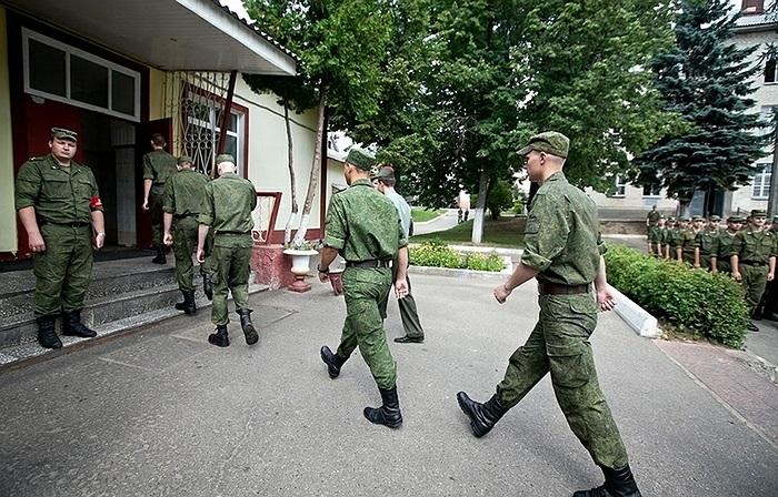 Theo thống kê của Englishrussia, hiện nay, năng lượng nhiều nhất trong bữa ăn là của binh sĩ Ukraine, lên đến 4335 kcal, con số này của Nga là 4258 kcal