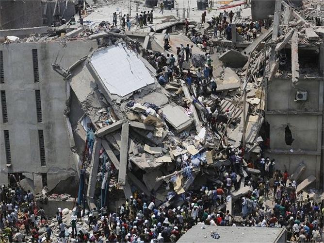 Hôm 24/4, một xưởng may bị sập ở Dahka làm 1000 người chết