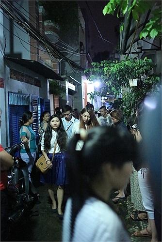 Khổng Tú Quỳnh, một người bạn trên sân khấu ca nhạc với Wanbi.