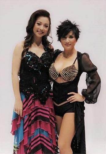 Jennifer Phạm tái xuất kém sắc bên Trizzie Phương Trinh, vợ Bằng Kiều.