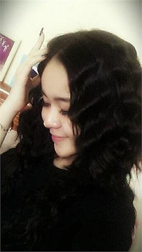 Vũ Hạnh Nguyên với mái tóc mới cá tính.