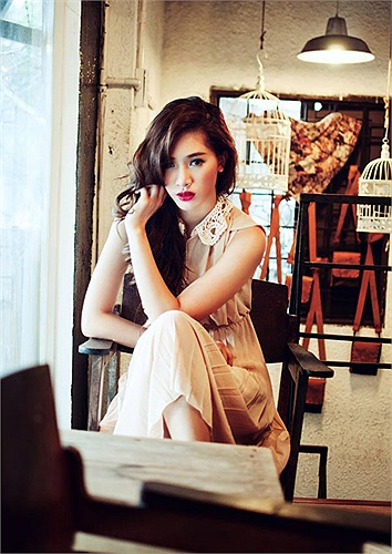 Hot girl Hà Min đã giành được hàng loạt giải thưởng: Top 8 Ngôi sao thời trang 2011, Top 10 F-idol,...