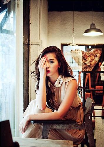 Hà Min cùng với hotboy Tùng Tống từng là một cặp tai trài, gái sắc của Hà thành