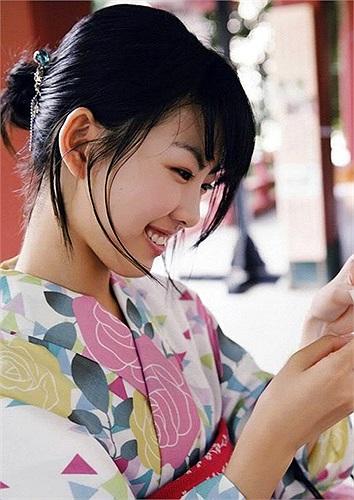 Từ đó đến nay,  Fukuda Mayuko đã tham gia gần 20 chương trình truyền hình thực tế của Nhật với các vai trò khác nhau từ MC đến khách mời