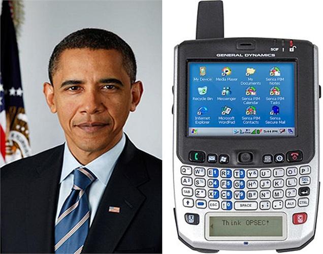 Sau khi thất bại trong các cuộc kiểm tra độ bảo mật, chiếc BlackBerry 8830 cũ của Tổng thống Mỹ đã được thay thế bằng siêu điện thoại Sectéra Edge, giá 18 triệu USD.