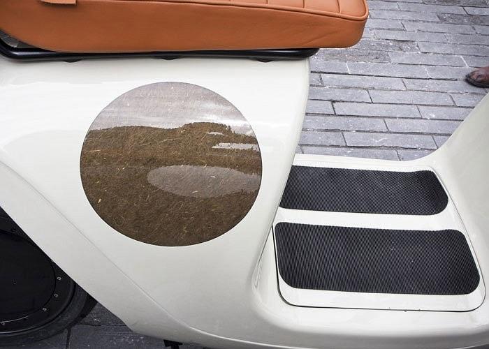 Giá xe chưa được công bố và cũng không rõ khi nào xe sẽ được bán chính thức nhưng những người yêu thích dòng xe này có thể cho thuê với giá 140 euro/tháng cho quãng đường khoảng 300 km.