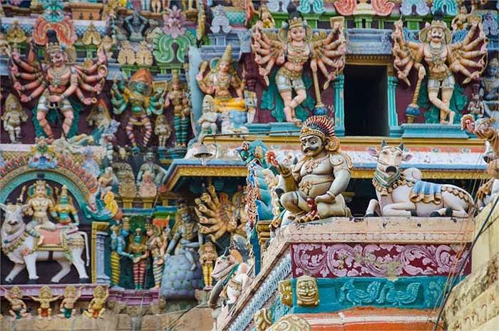 Và nền văn hóa ngàn năm của Ấn Độ cũng xứng đáng là một trong những nền văn minh vĩ đại của loài người.