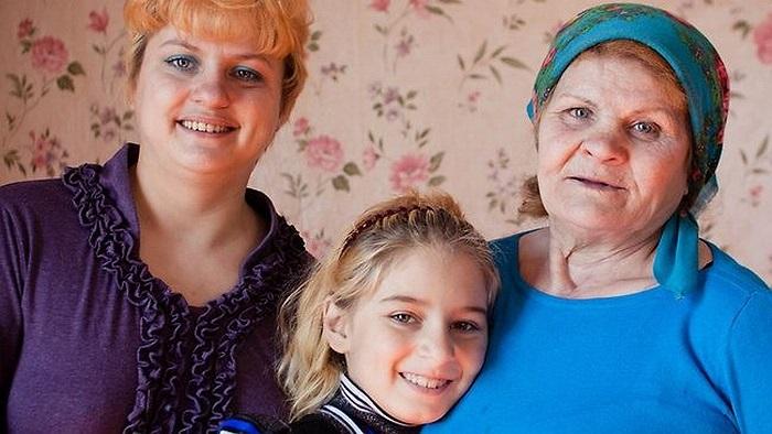 Bà Lyudmila Steblitskaya (62 tuổi) ở Nga là người 2 lần thoát khỏi lưỡi hái tử thần. Bà đều sống lại sau khi được bác sĩ tuyên bố đã chết vào tháng 11/2011 và tháng 10/2012. Trong trường hợp thứ nhất, bà Steblitskaya được tuyên bố đã chết sau khi ốm