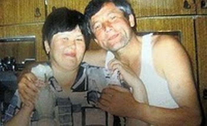 Năm 2011, bà Fagilyu Mukhametzyanov (51 tuổi) ở Nga bị một cơn đau tim và được các bác sĩ khẳng định đã qua đời. Người thân mang thi thể bà về nhà để lo việc ma chay, nhưng trong lễ tang, bất ngờ bà tỉnh dậy. Phát hiện mình đang nằm trong quan tài, x