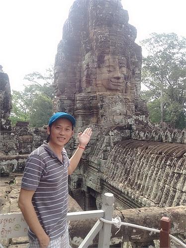 Hoài Linh đã có mặt tại Phnom Penh.